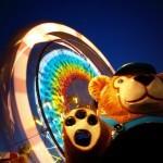 Twirling ferris wheel